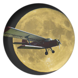 Aircraft and the moon plate