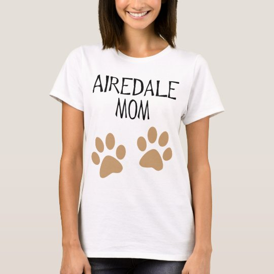 airdale mum big pawprints T-Shirt