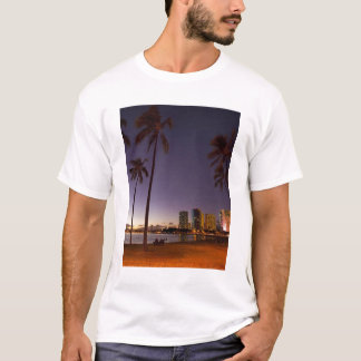 Ala Moana Beach Park, Waikiki, Honolulu 5 T-Shirt
