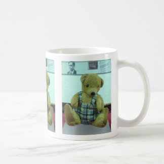 Alan Turing's teddy bear Coffee Mug