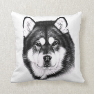 Alaskan Malamute portrait Cushions