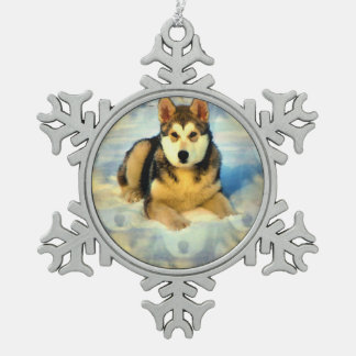 Alaskan Malamute Snowflake Pewter Christmas Ornament