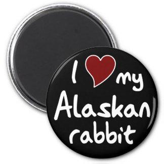Alaskan rabbit 6 cm round magnet