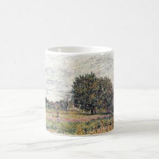Alfred Sisley - Anfang Oktober 1882 Oil Print Basic White Mug