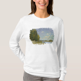 Alfred Sisley   The Seine at Billancourt T-Shirt