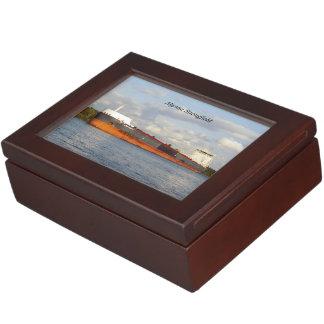 Algoma Strongfield rectangle keepsake box