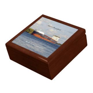 Algoma Strongfield square keepsake box