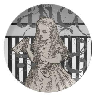 Alice In Wonderland Grunge Party Plates