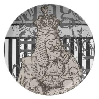 Alice In Wonderland King of Hearts Grunge Plate