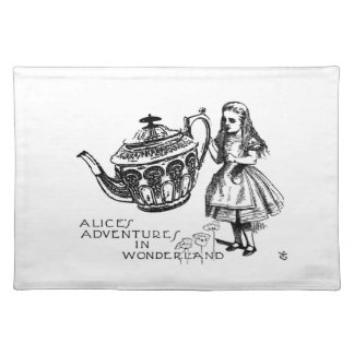 "Alice in Wonderland Placemat 20"" x 14"""