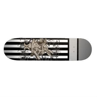 Alice In Wonderland White Rabbit Grunge 21.6 Cm Skateboard Deck