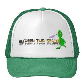 alien between 2 spaces cap