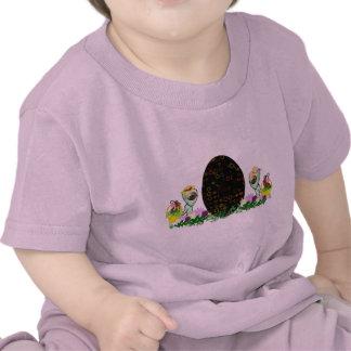 Alien Easter Egg Hunt T-shirt
