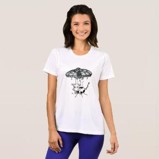Alien Gear UFO Abduction of a cow T-Shirt