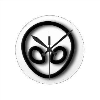 Alien Gray Design Round Clock