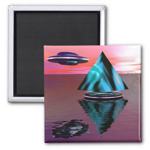 Alien ship and pyramid magnet