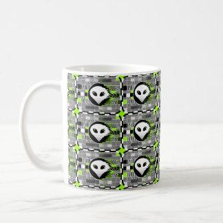 Alien TV multi mug