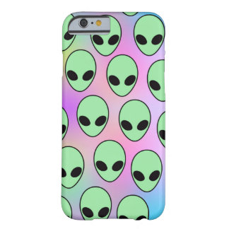 Aliens Barely There iPhone 6 Case