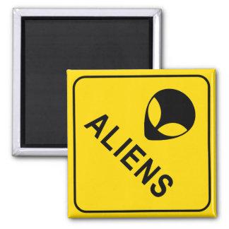 Aliens Square Magnet