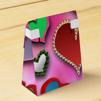 All kinds of hearts wedding favour box