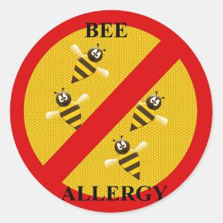 Allergic to bees round sticker
