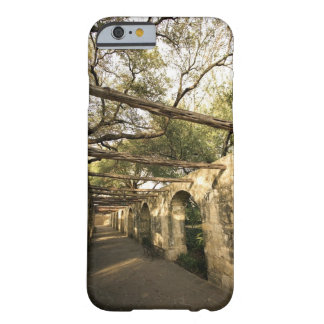 Alley in San Antonio, Texas Barely There iPhone 6 Case