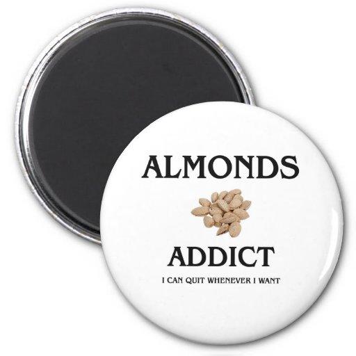 Almonds Addict 6 Cm Round Magnet