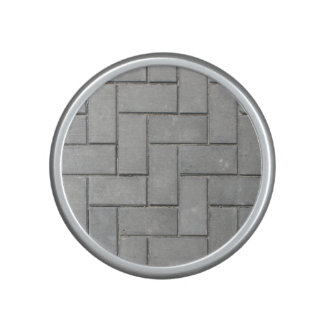 ALTERNATING GREY BRICK SPEAKER