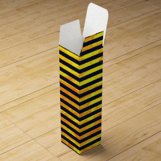 Amber background | stripes pattern wine gift box