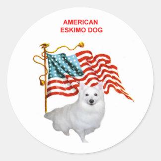 AMERICAN ESKIMO DOG-AMERICAN FLAG ROUND STICKER