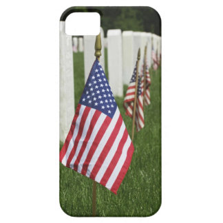 American flags on tombs of American Veterans on 2 Barely There iPhone 5 Case