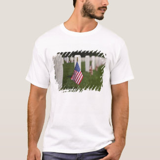 American flags on tombs of American Veterans on T-Shirt
