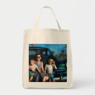 Americana - Car - The classic American vacation Canvas Bags