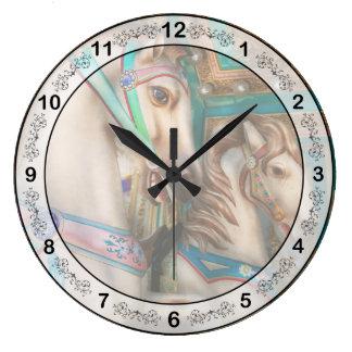 Americana - Carousel beauties Wall Clock