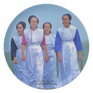 Amish Girls Plate