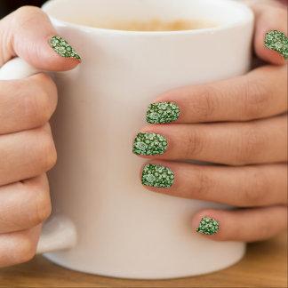 An antique floral damask minx nail art