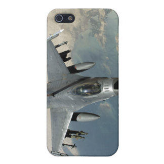 An F-16 Fighting Falcon refuels Cover For iPhone 5