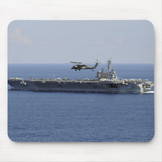 An MH-60S Seahawk helicopter Mouse Mat