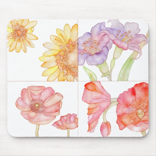 An ultimate floral mouse pad