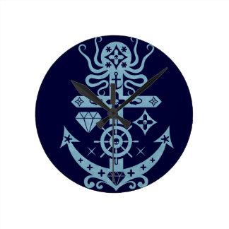 Anchored Round Clock