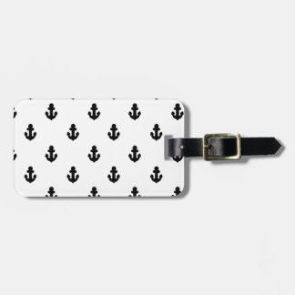 Anchors by the sea luggage tag