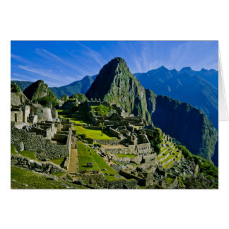 Ancient Machu Picchu, last refuge of the 2 Cards