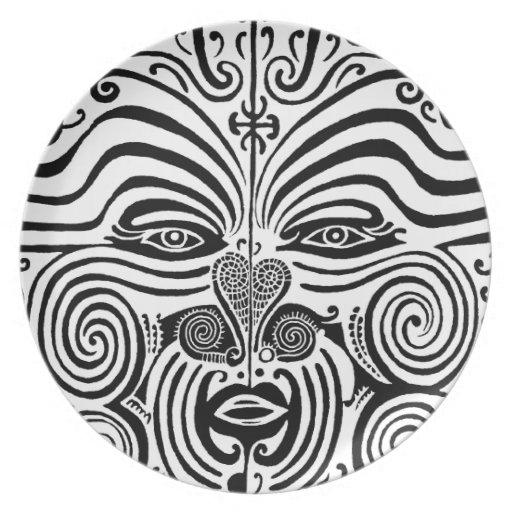 Maori Tattoo Uk: Ancient Maori Tribal Tattoo From New Zealand