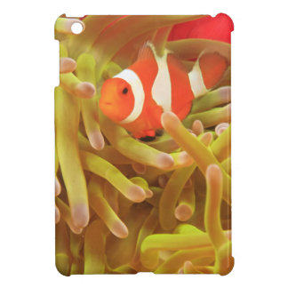 anemonefish on giant indo pacific sea anemone, case for the iPad mini