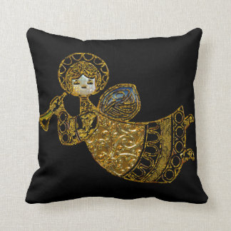 Angels are Everywhere this Season Throw Pillow