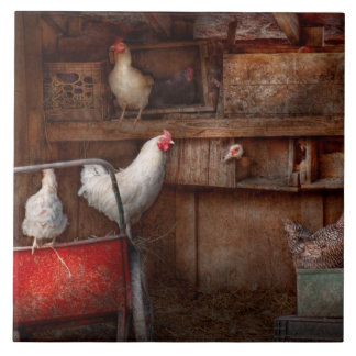 Animal - Chicken - The duck is a spy Tile