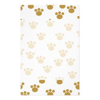 Animal Paw Prints. Brown and White Pattern. 14 Cm X 21.5 Cm Flyer