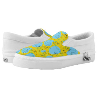 Animals playing baby pattern background Slip-On shoes