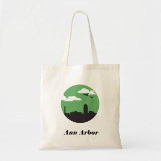 Ann Arbor city skyline | colorblock Budget Tote Bag