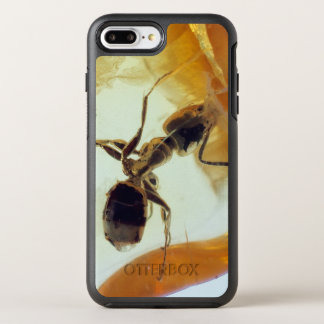 Ant in amber stone | OtterBox symmetry iPhone 8 plus/7 plus case